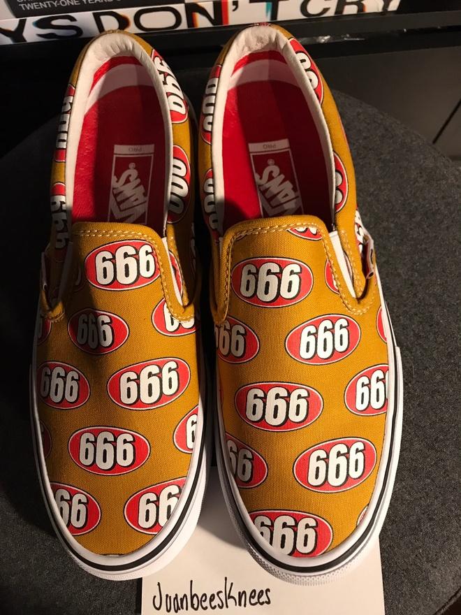 シュプリーム × バンズ スリッポン プロ 666
