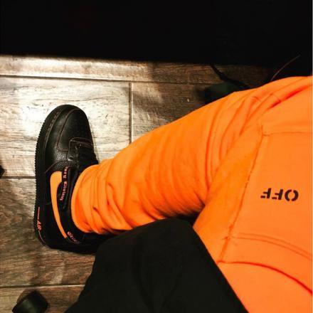 ヴィロン × ナイキ エア フォース 1 ハイ ブラック/オレンジ ブレイズ