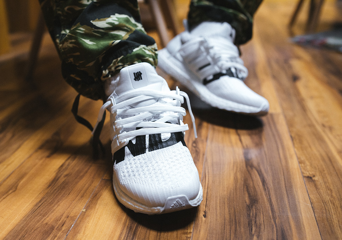 https://snkrdunk.com/magazine/adidas-undefeated-ultra-boost-2colors/