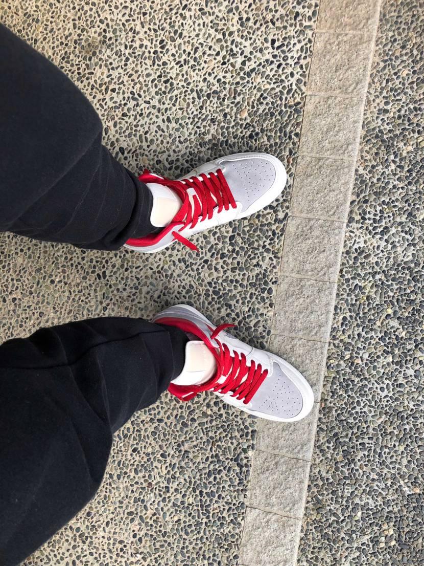 #初履き 晴れているのでおろしてみました😊 赤のシューレース もいいね❗️