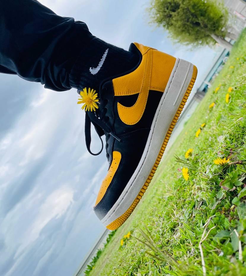 #yellow #Kanagawa  .  .    #sneaker .