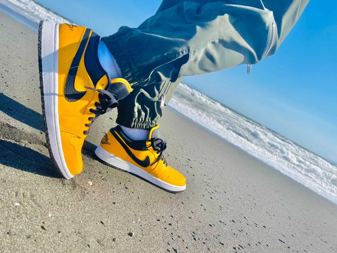 .  .  .    #sneaker .   #sneakers .