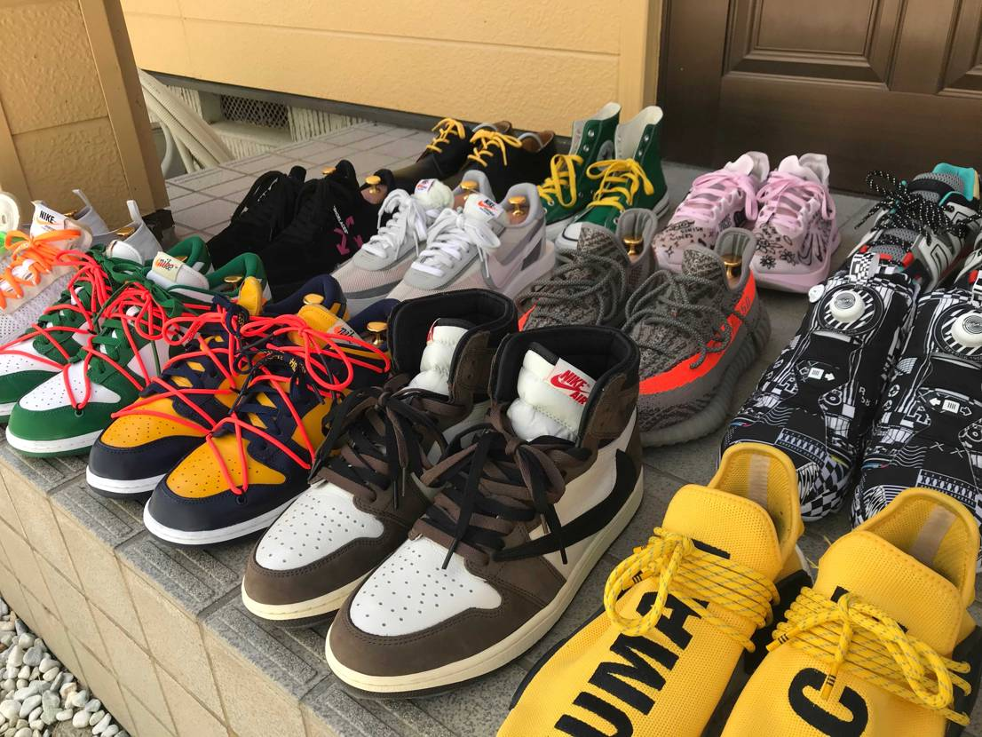 うちの子たちです。 スニーカーを集め出してちょうど一年が経ちました。 まだま