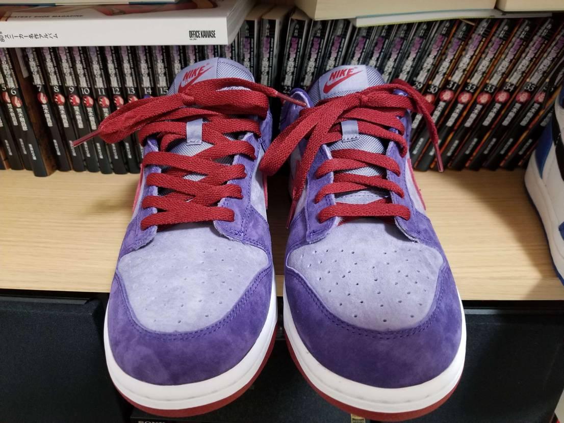 靴紐の通し方変えるだけで印象めっちゃ変わるよね  プラムはプレ値で買いました😂