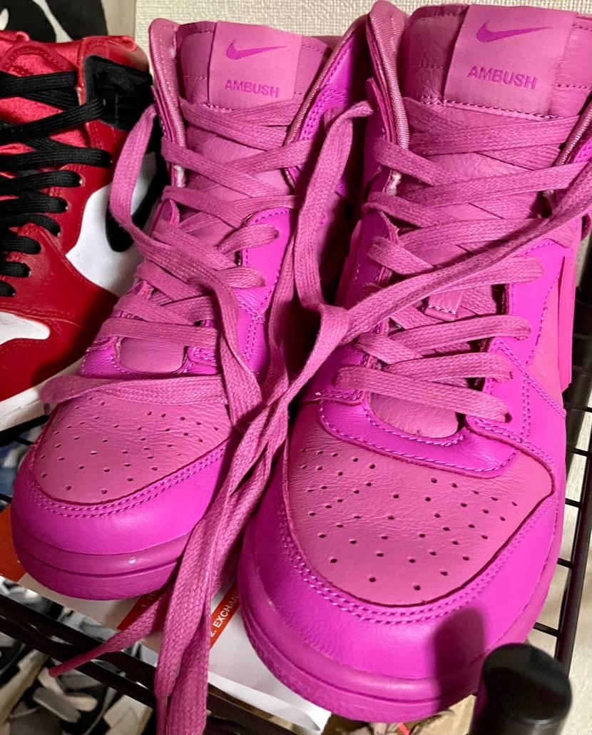 靴自体の状態は綺麗で大変満足しています。ただ、紐がヨレヨレでこのままでは履けませ