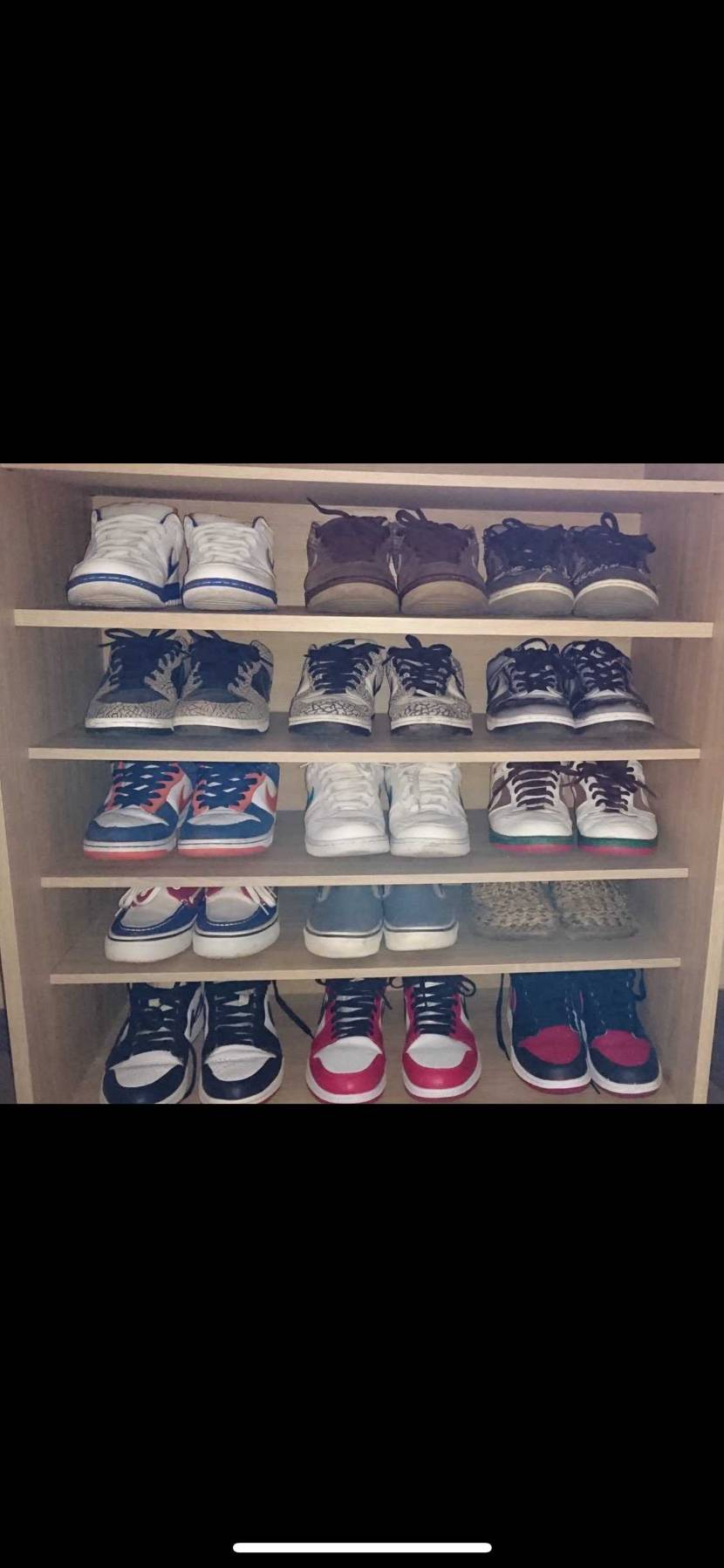 2年前に靴箱に入ってたスニーカー達です👟 supreme dunk2色やmed