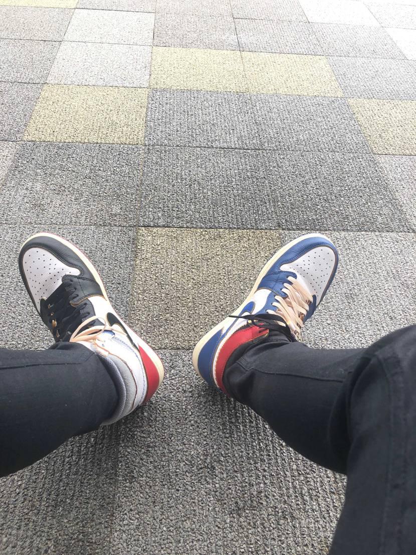 今日はAJ1unionのバカ履きで広島市にお出掛け🚌 広島市のセカストにAJ1