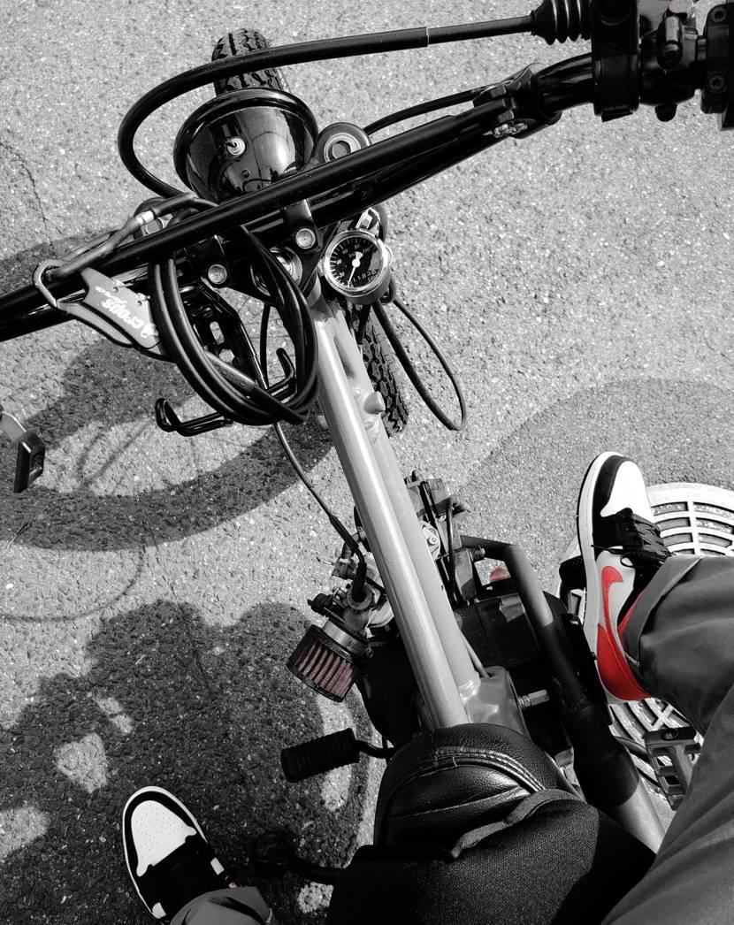 バイクでAJ1MIDシャタバを履いてラーメン屋さんへ🍜 やっぱりMIDは履きやす