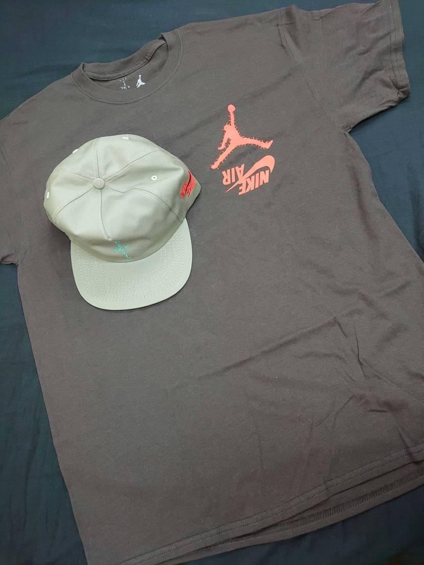 10月11日に注文したトラヴィスのキャップ・パーカー・Tシャツが届きました😎 1