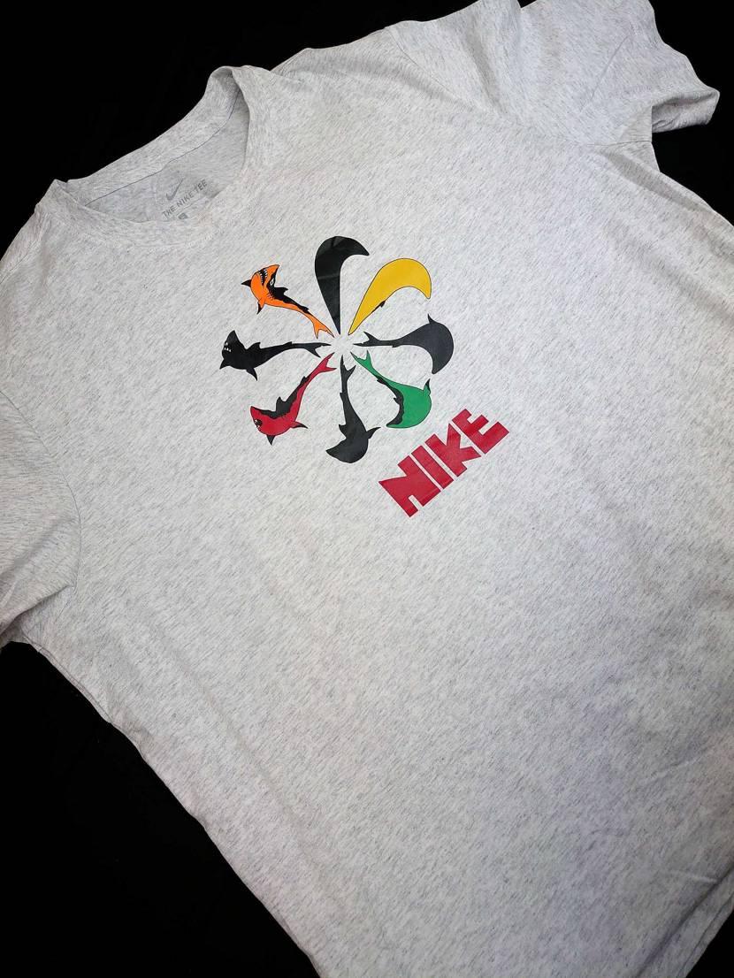 OSKI×NIKEコラボのシャークアパレルのTシャツ買ったのが届きました🦈 シャ
