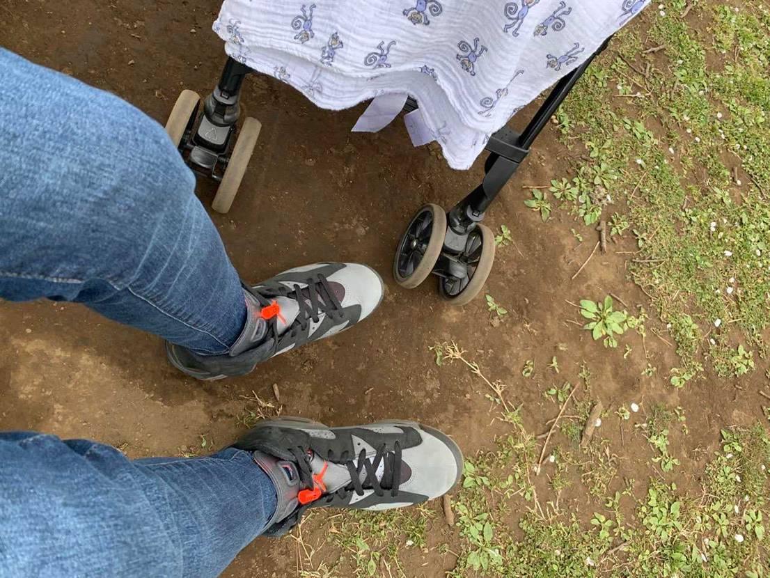 今日は有休とって、お気に入りAJ6PSG履いて子供と公園へ💨 AJ6PSGは服