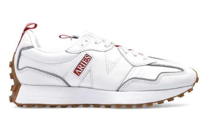 New Balance 327 Aries white