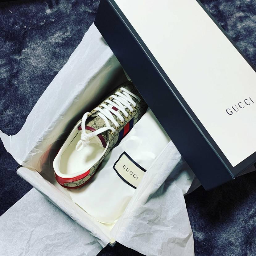買って思うけど、GUCCIの靴買うお金あるならトラヴィスlowとか履きたい靴何足