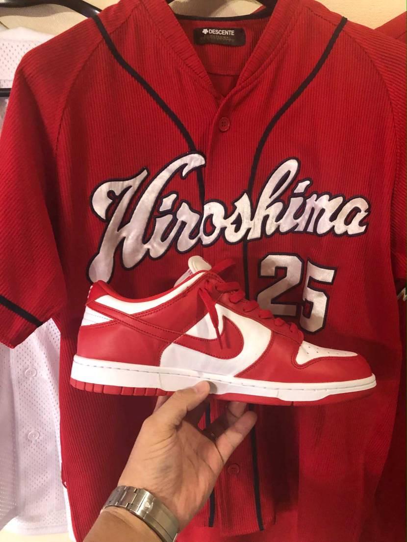 広島ファンです。 この靴はカープカラーですね😄  エンゼルスも好きです😆