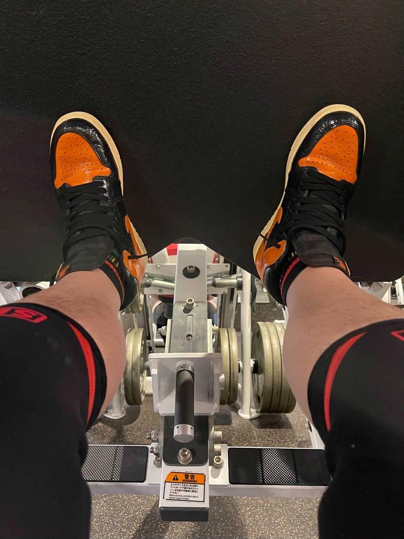 足のトレーニングにジョーダン1は テンション上がりますよね!