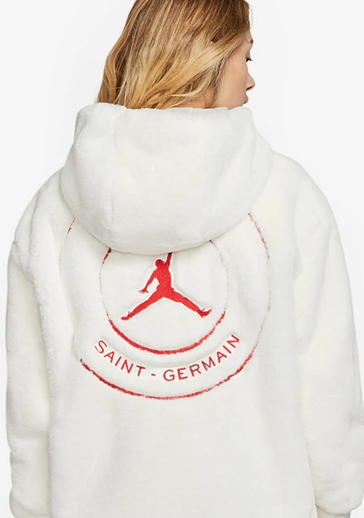 スニダンのお陰で、前から探してたこのボアジャケットのメンズでも着れそうなXLサイ
