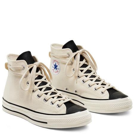 UK converseで白とグレー買えました。 https://www.conv