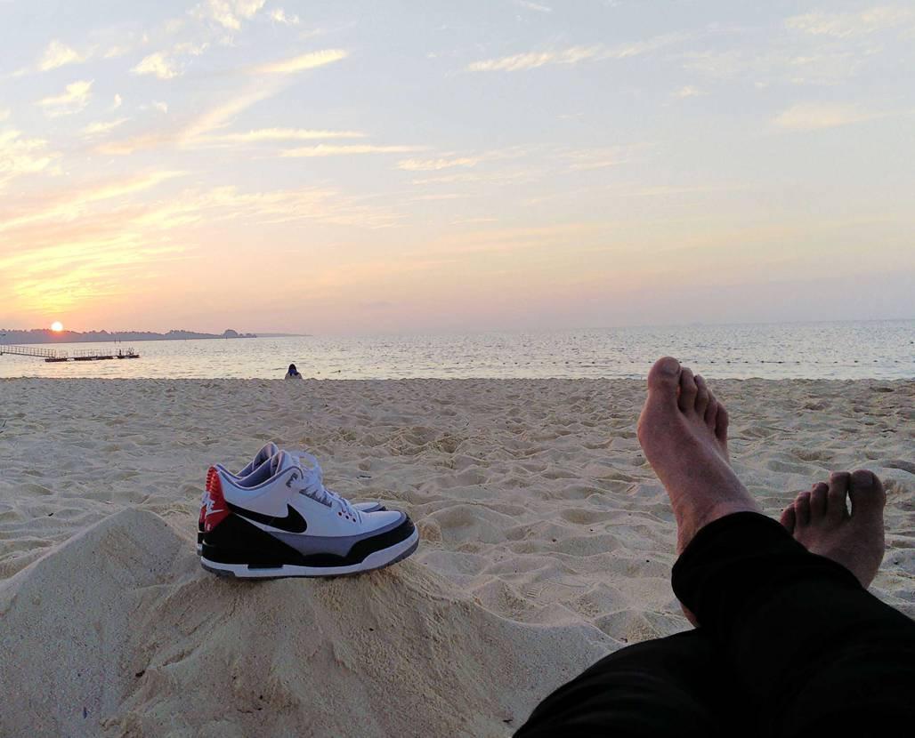 接客業なので休みなしのGW…あと3日。過去の沖縄の写真を眺めつつ頑張ります☺️#