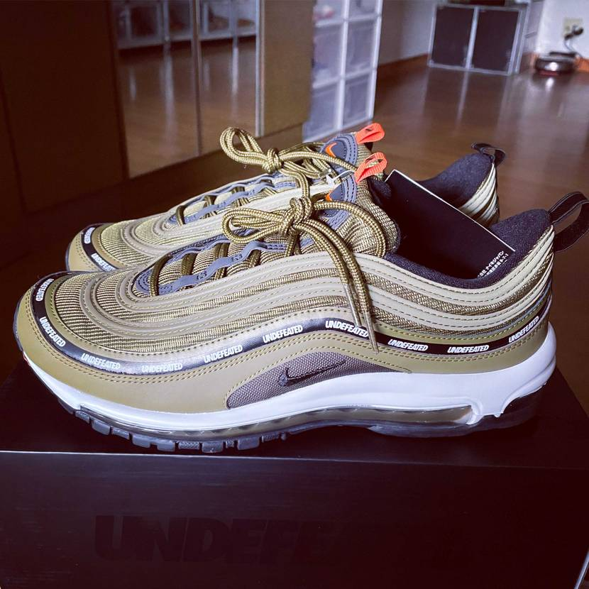 UNDEFEATED x NIKE AIR MAX 97 OLIVE GOT'E