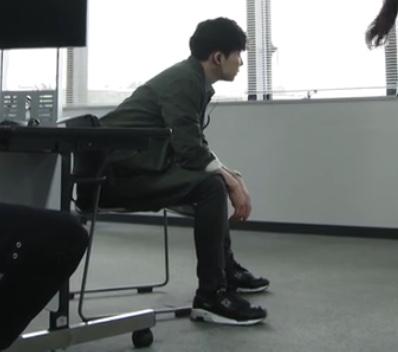 ドラマMIU404で綾野剛がフューリーブースト履いてますねー。 画像ないですけ