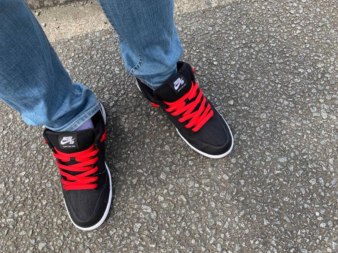 初履き!!!真っ黒だからなーとか、どうせ買えないんだよなー、カッコ良いけど高いん
