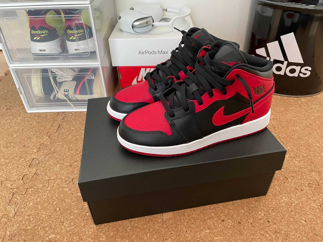 Nike.comで余ってたから衝動買いした jordan1 mid bred