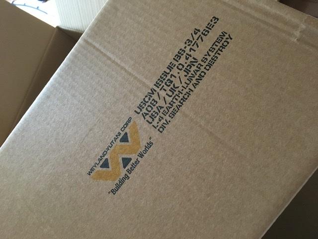 U.S.C.M. バグスタンパーやっと届いた!! 内箱のマークの部分は潰れて残