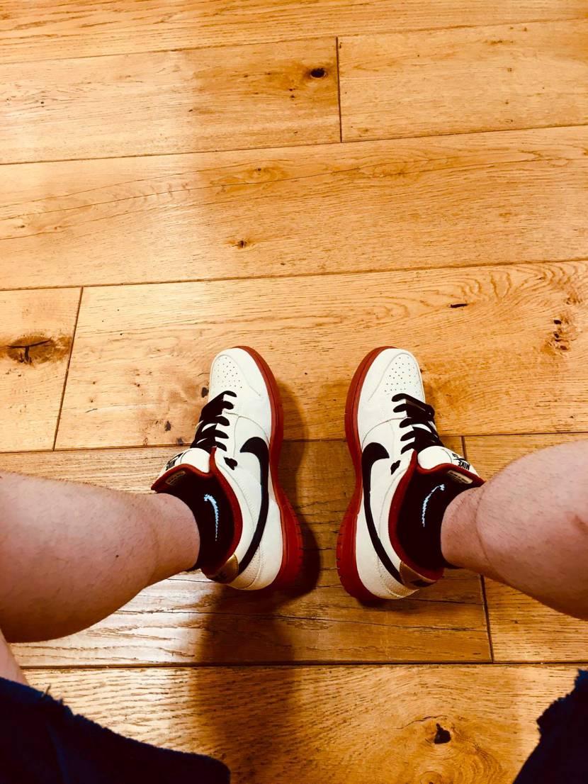分厚いシュータンに憧れて買った初dunk 一軍ローテーで頑張ってます。