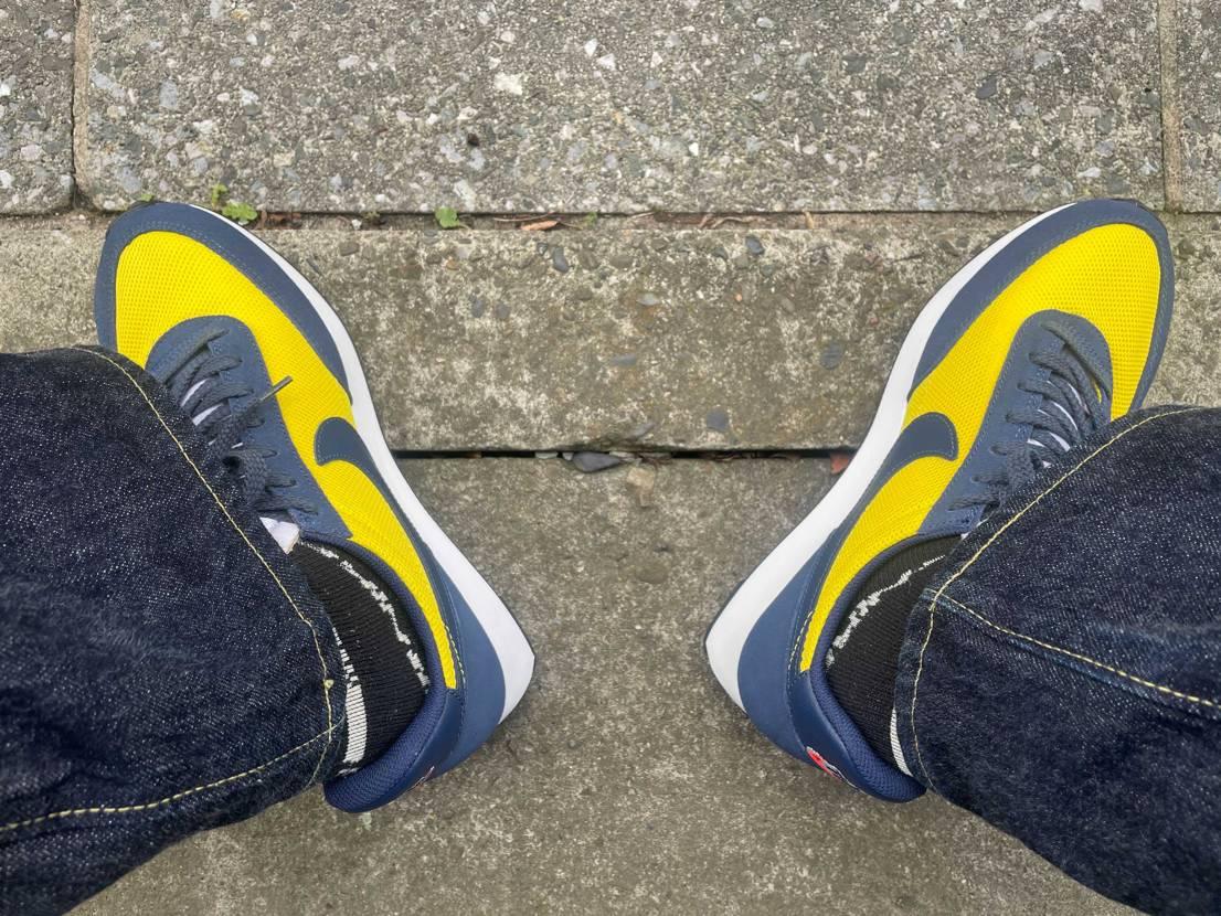 昨日に続いて今日は2足初おろし。 テイルウィンドの紺黄と仕事で使用するリアクト