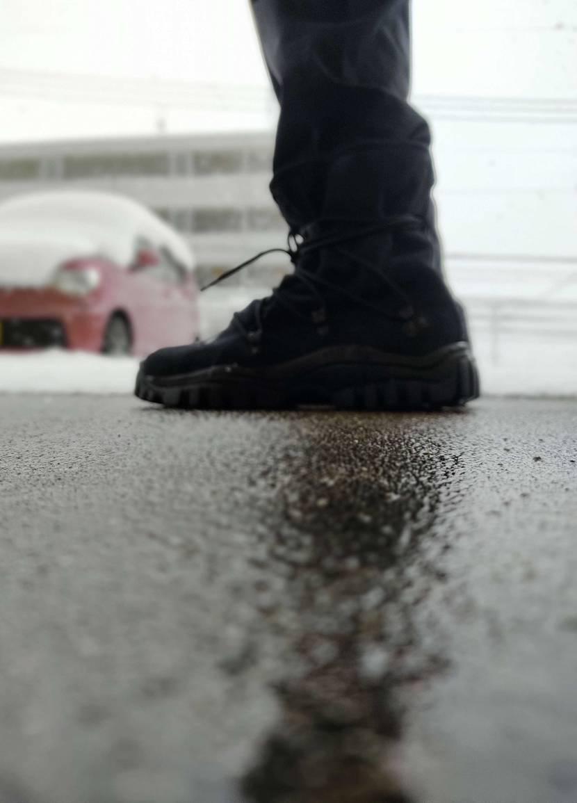 こちら九州、大雪でございます。 そんな雪の日にピッタリのこの子、 NONNATI