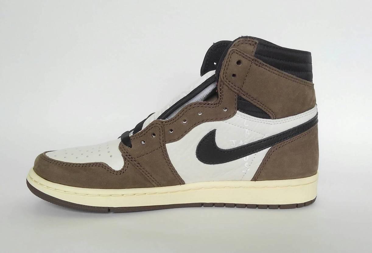Nike Air Jordan 1 Retro High Travis Scot