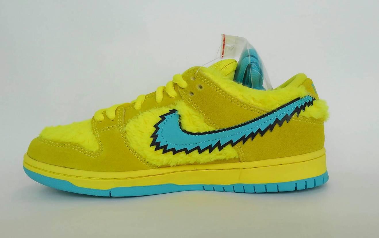 Grateful Dead x Nike SB Dunk Low Yellow