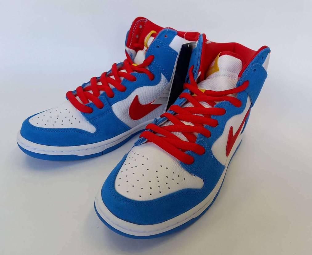 Nike SB Dunk High Doraemon✨✨ あ