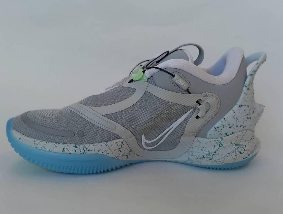 Nike Adapt BB 2.0 Mag✨✨ この靴デザインもカラーリングもカ