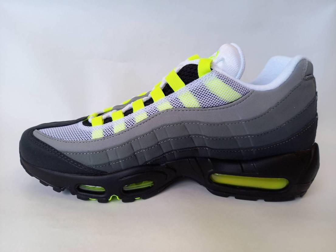Nike Air Max 95 OG Neon (2020)✨✨ 鉄板のイエロー