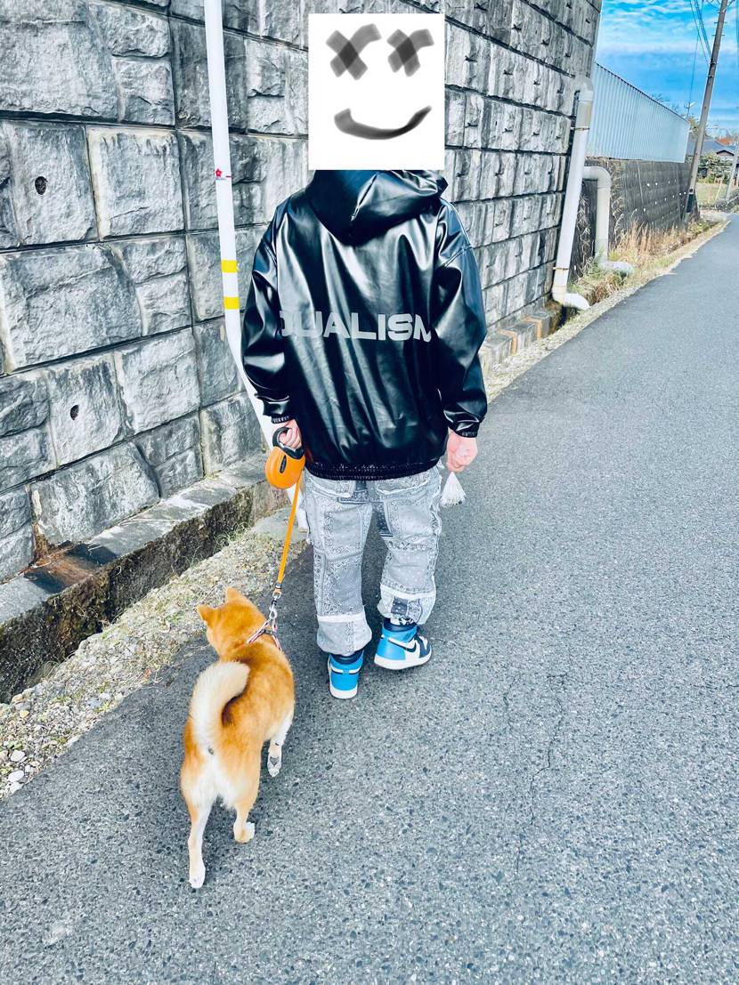 愛犬ちゃんとお散歩🐕 aj1は足が疲れないなぁ🤔 個人差はありますがw#aj