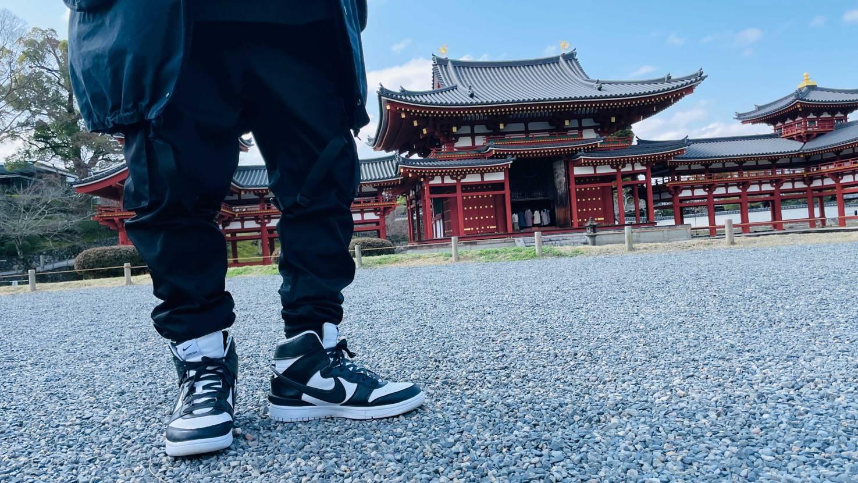 春に京都へ行ったときの写真を発掘してきました。  好きなスニーカーを履いて、
