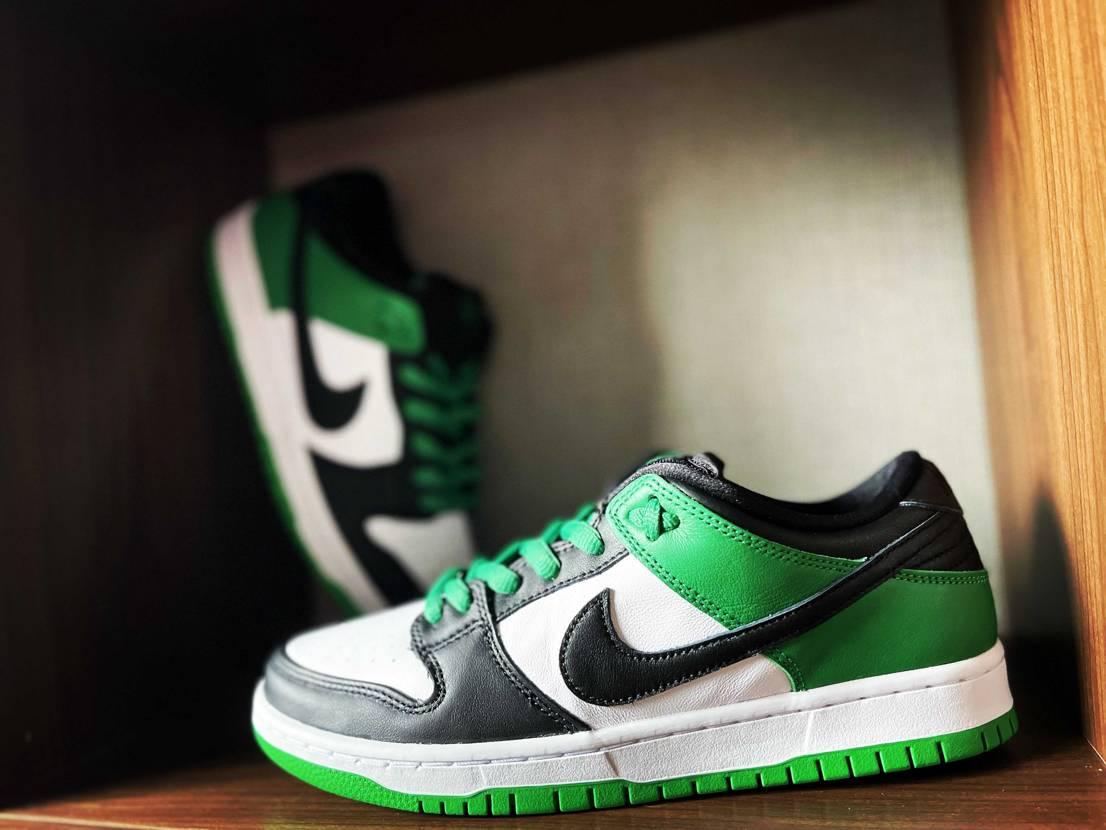 結構明るいグリーン