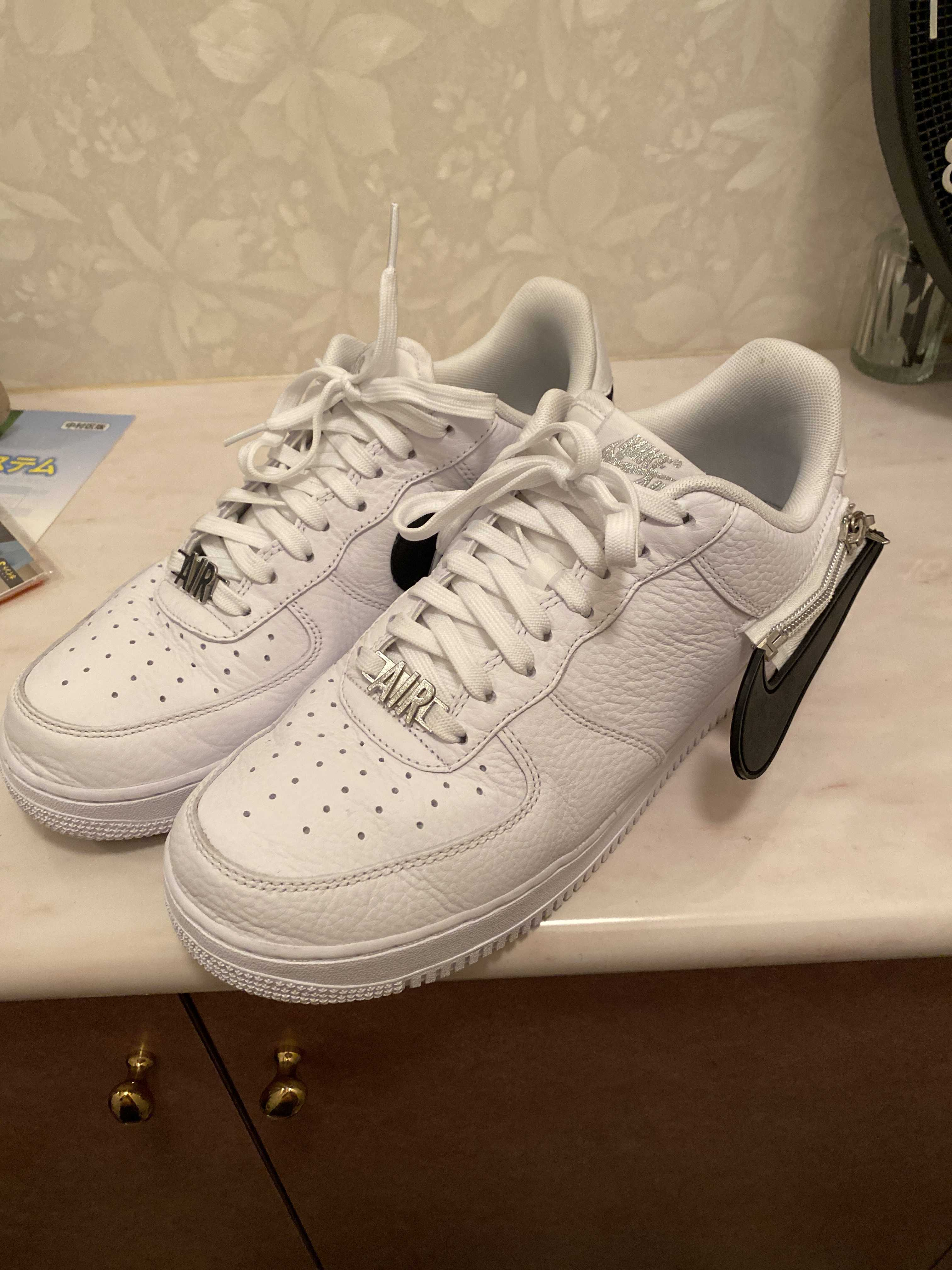 NIKE AIR FORCE 1 '07 PRM WHITE/BLACK-BARELY VOLT 20SU-S