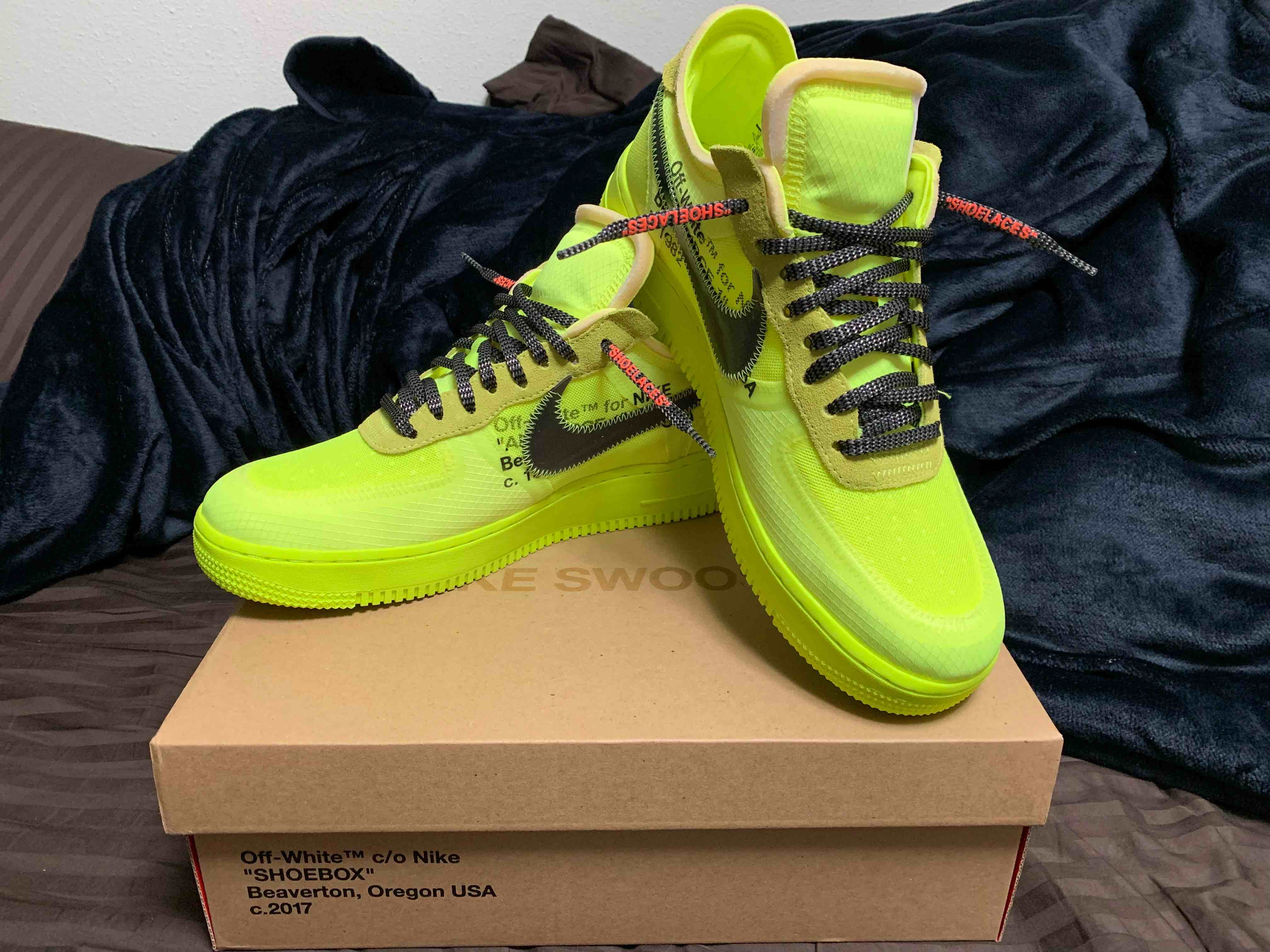 OFF-WHITE × NIKE AIR FORCE 1 VOLT get!!