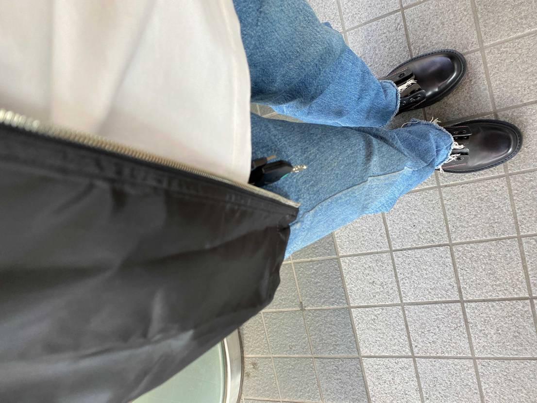 初めて購入したmonclerのブーツがスニーカー並みに軽くて履きやすい(スニーカ