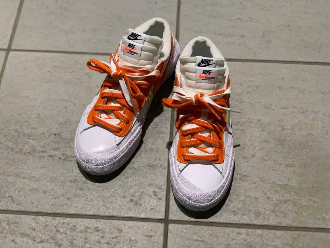 sacaiはじめて買えたけど、履けるように靴ひも調整するのがクソ難しかった😫