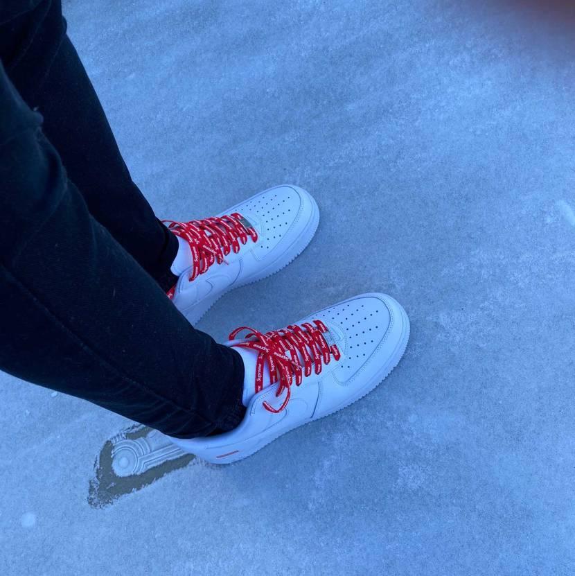 今年の最後はこれ✨ 雪降って真っ白なのでシュプ初おろししました☆  これか