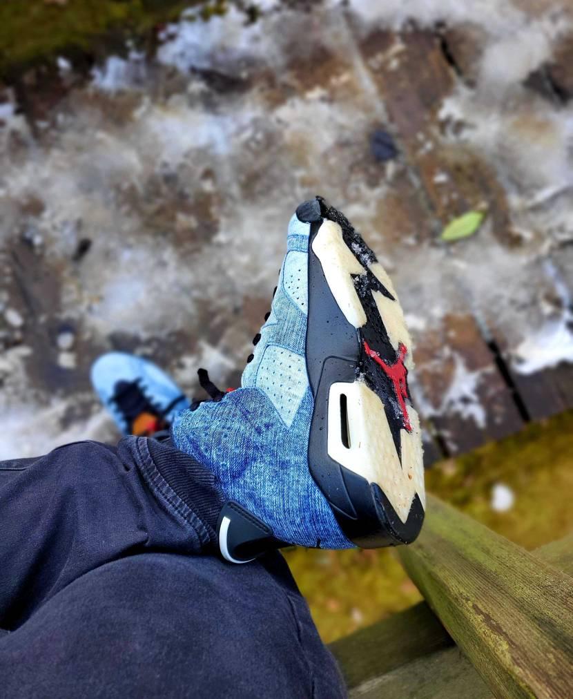 新年初公園はこいつで。  デニムは雪降ったあとの公園でも気兼ね無く履けるし👍