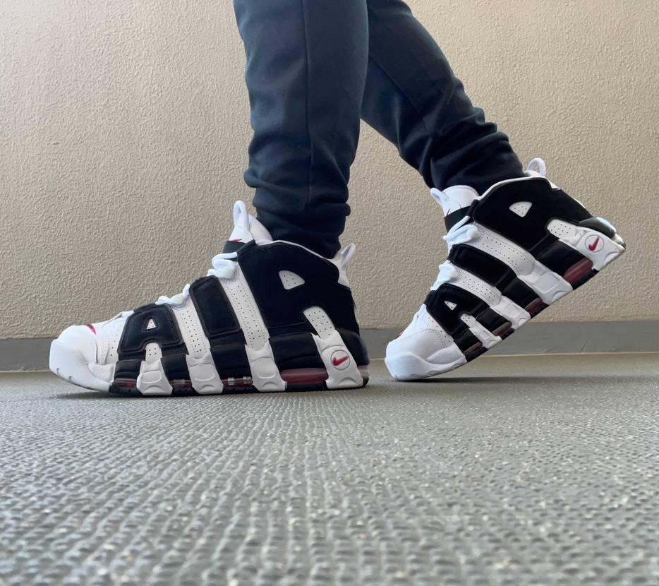 履いてる人が減ってくれたからたまに履きたくなる。 zebraとオリンピックと9