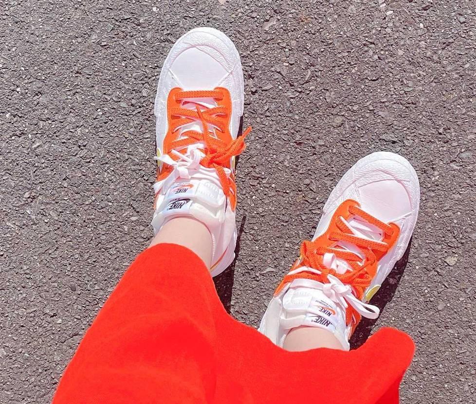 オレンジの配分が可愛すぎる...🧡 太陽に似合う!この夏たくさん履きたい!!!