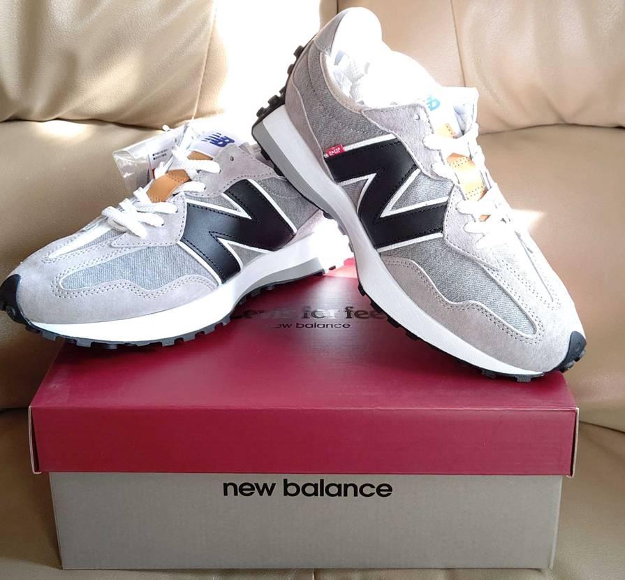 昨日LEVI'Sの公式にて購入。 New Balanceのスニーカーは2足目だっ