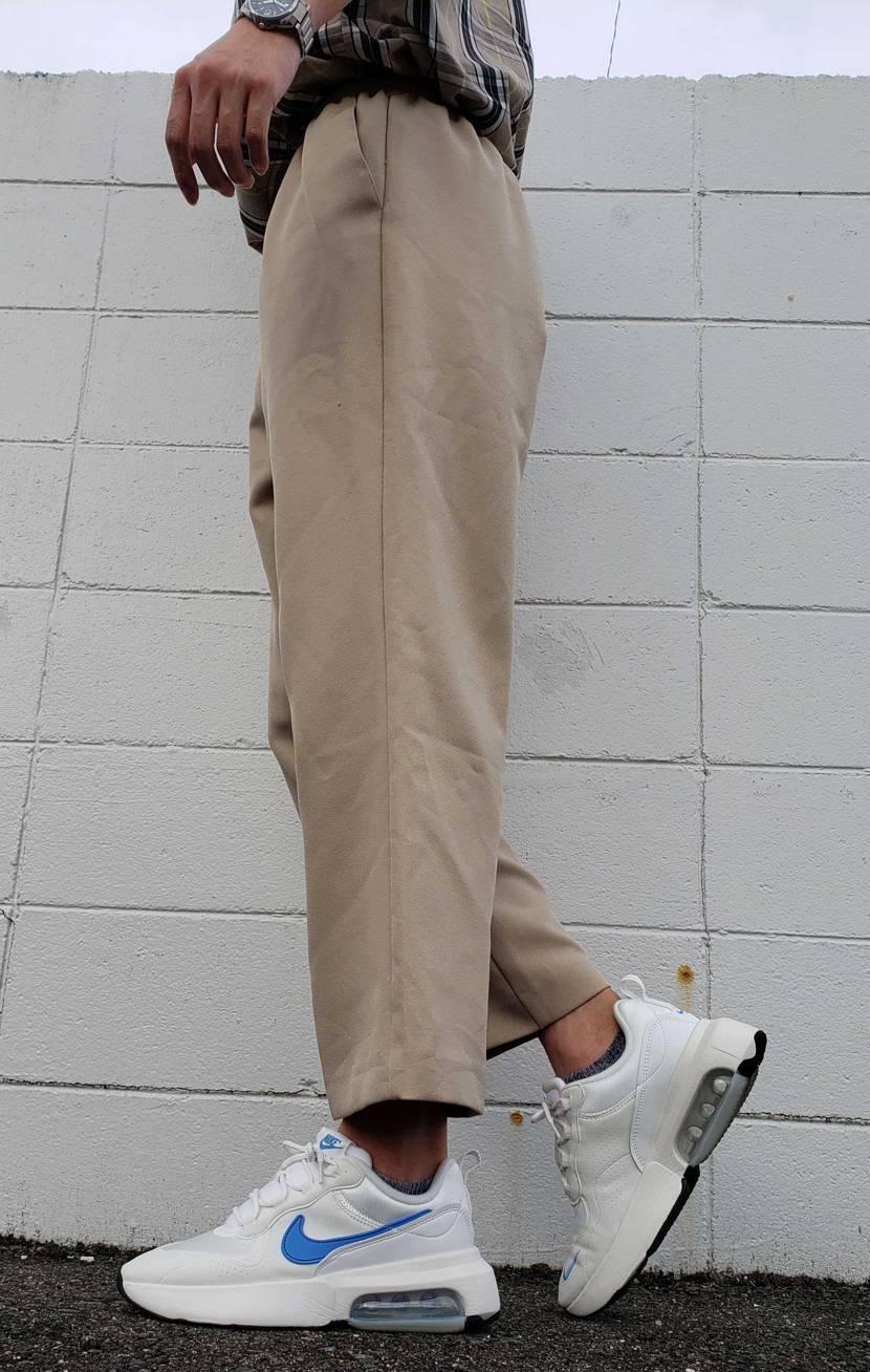 通勤で履いてみました。 めちゃくちゃ歩きやすい! 持ってるスニーカーの中でも上位
