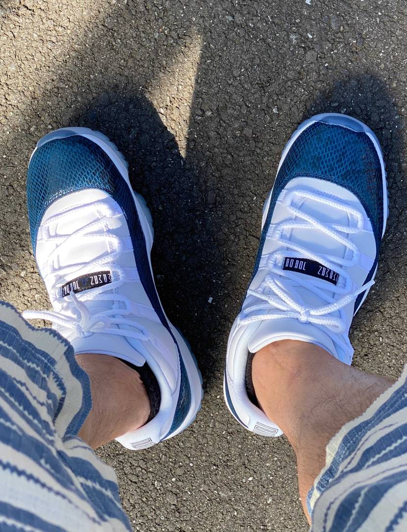 買い出し。 11青蛇 やっと初履きできた。 爽やかだけど、学校の上履きみたい