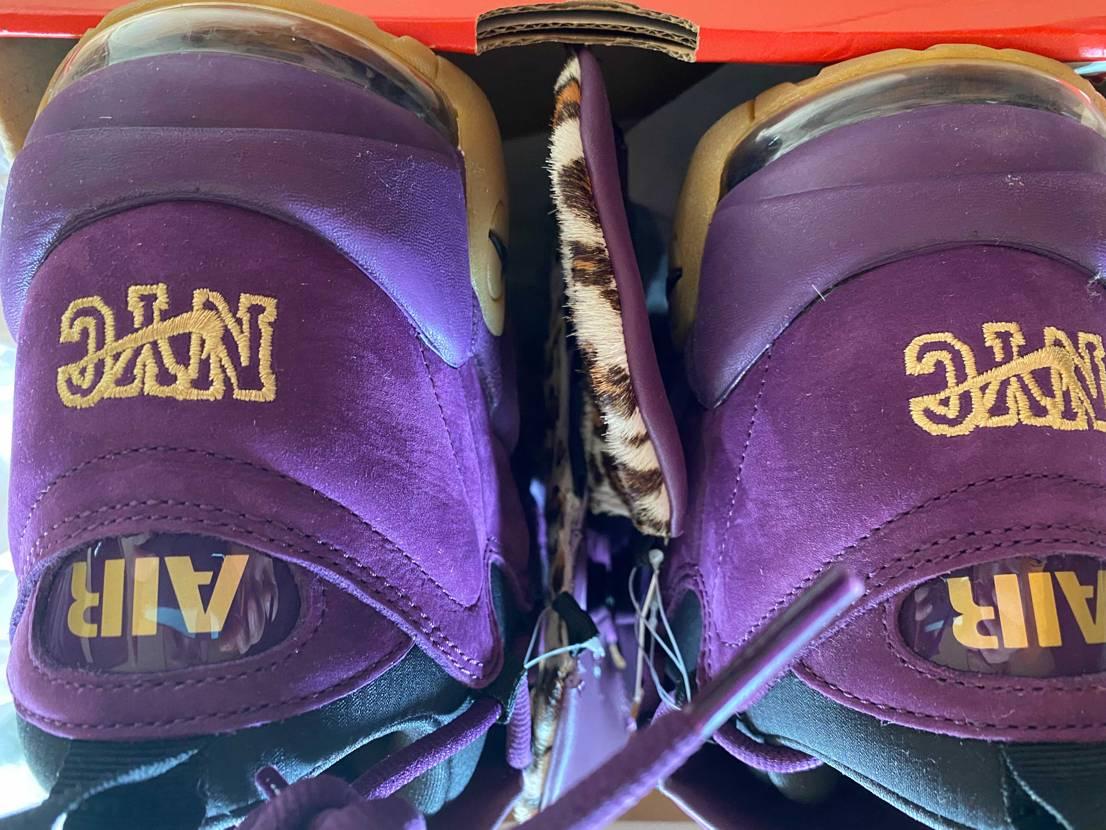 未使用のモアマネー紫をモアテンブラックの中古欄にて出品中………モアマネーの出品項